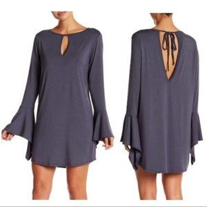 NEW Go Couture Bell sleeve keyhole dress large